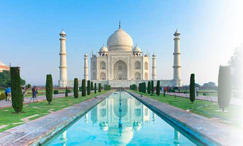 Discover the Romantic Taj Mahal